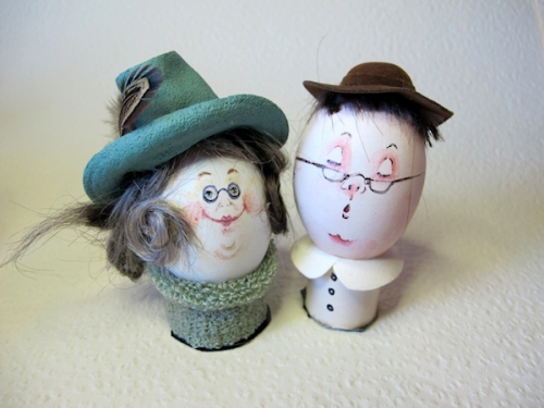 Photo of School Marm and Country Parson decorated egg-heads, taken by Joana Miranda