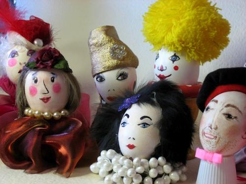 Photo of crowd of egg-heads taken by Joana Miranda