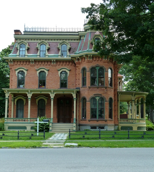 Photo of brick Victorian era house in Saratoga Springs, NY, taken by Joana Miranda