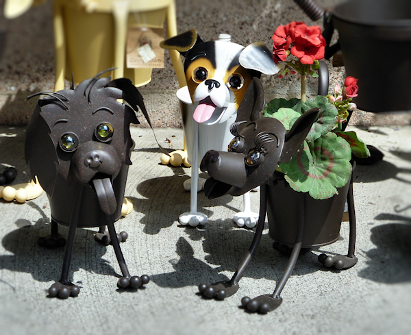 New Metal Dog Planter - Home & Furniture Design - Kitchenagenda.com DC66