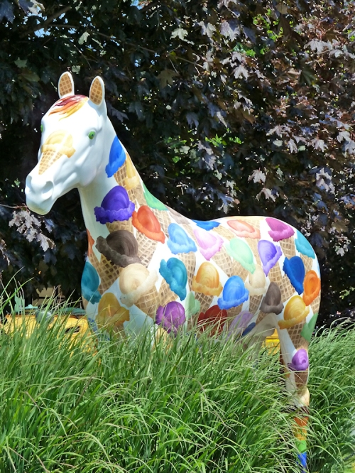 Photo of painted horse with ice-cream cones in Saratoga Springs, NY, taken by Joana Miranda