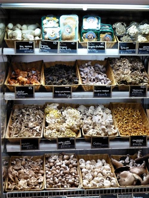 Fresh mushrooms for sale at Eataly, photo taken by Joana Miranda