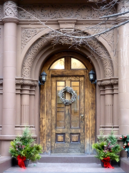 Photo of pretty Christmas brownstone door on Upper West Side, taken by Joana Miranda