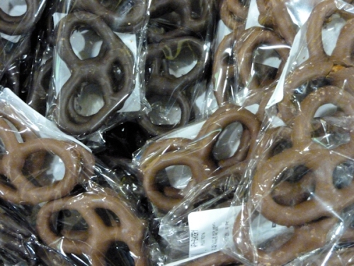 Photo of chocolate covered pretzels, taken by Joana Miranda