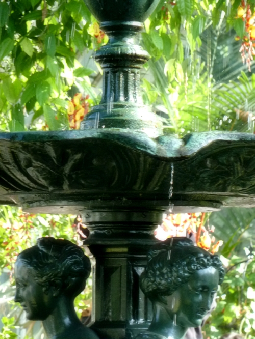 Photo of fountain at Enid Haupt Conservatory, taken by Joana Miranda