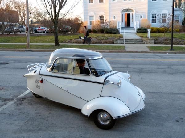 Photo of white German vintage 3-wheeled automobile, taken by Joana Miranda