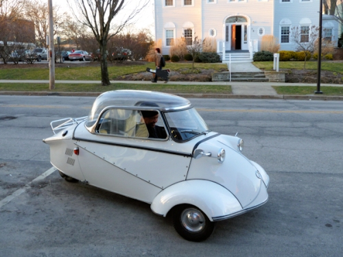 Photo of white German vintage 3-wheeled automobile, taken by Joana Miranda
