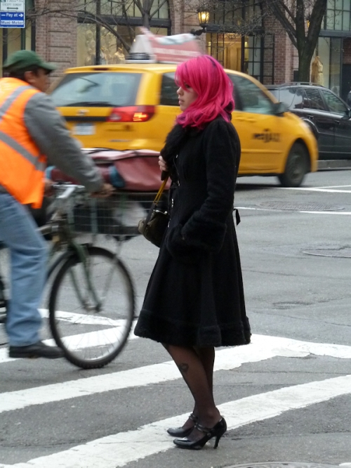 Photo of woman with pink hair on street in NYC, taken by Joana Miranda