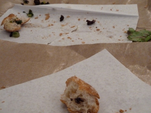 Photo of sandwich crumbs, taken by Joana Miranda