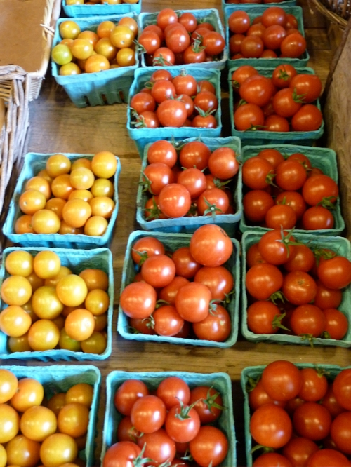 Photo of cherry tomatoes at Killdeer Farm Stand, VT; photo taken by Joana Miranda