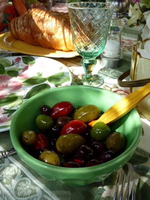 Photo of bowl of mixed Mediterranean olives, taken by Joana Miranda