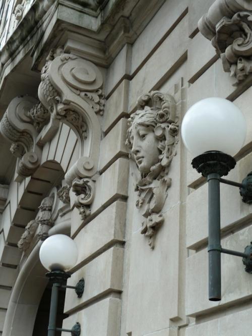 Photo of Art Deco stone facade on Central Park West, taken by Joana Miranda