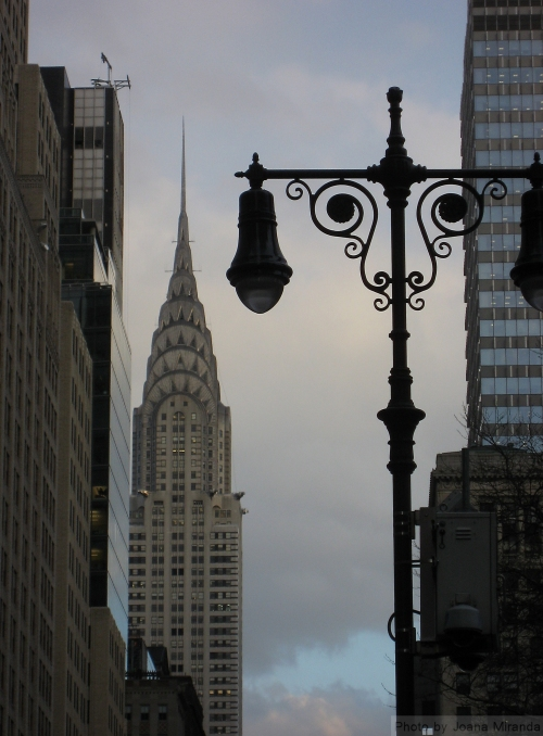 Chyrsler building with lightpost