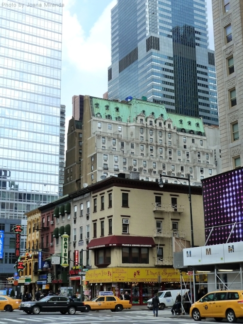 Busy NYC corner