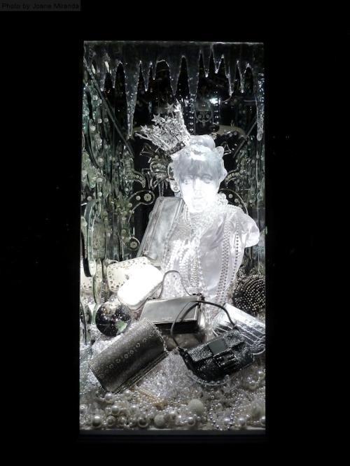 2013 Icy holiday  window display2