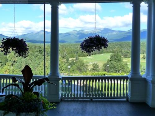 Looking towards Mount Washingon