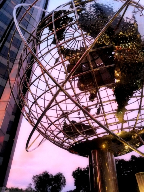 Globe at Trump tower durinng sunset