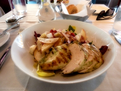Endive and apple salad with chicken at restaurant Robert