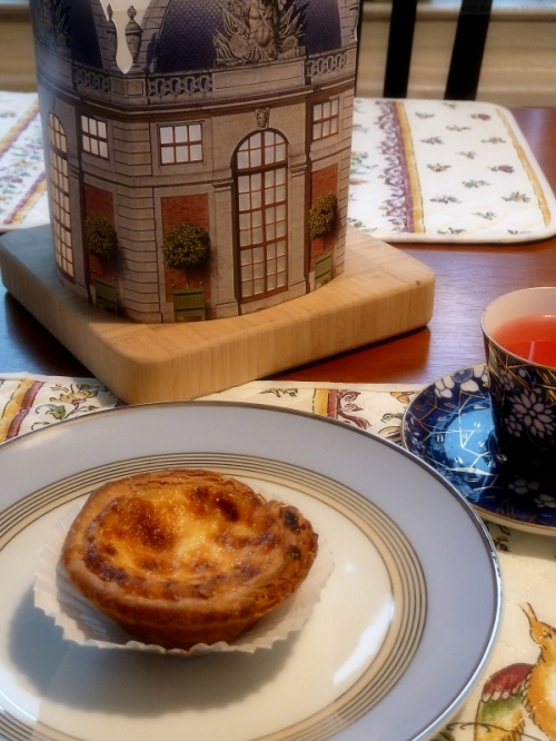 Afternoon tea with pastelo de nata