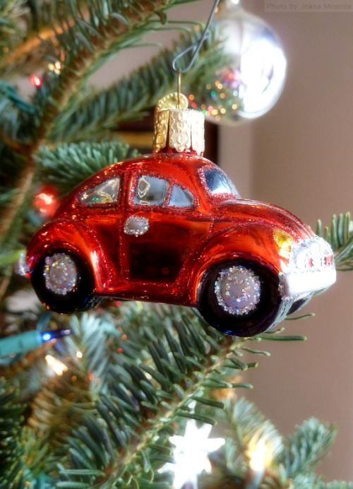 Red Volkswagen Beetle Christmas ornament