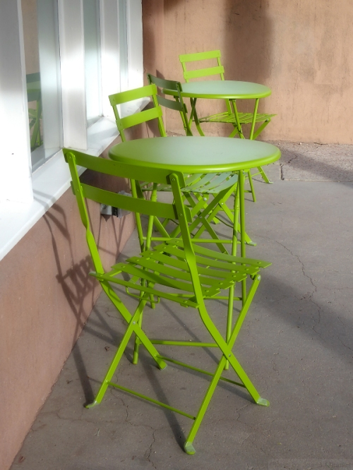 Santa Fe cafe tables and chairs