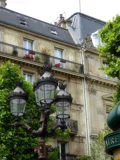 Paris lampposts