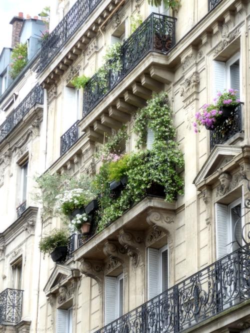 Pretty balconies in Montmartre