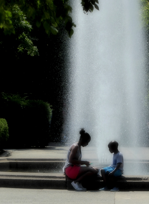 Mother and child at the Conservatory Garden2